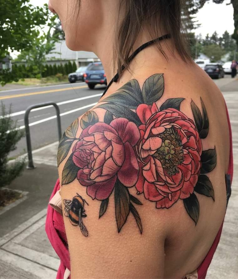 rosas-peonias-tatuaje-hombro-opciones-originales