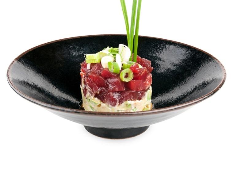 tartar de atun con aguacate-casero