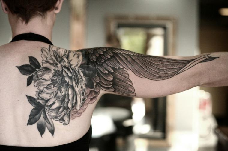 tatuaje-ala-pajaro-hombro