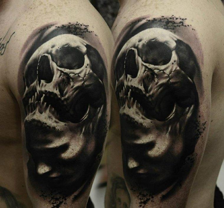 tatuaje-calavera-negro-gris-hombro