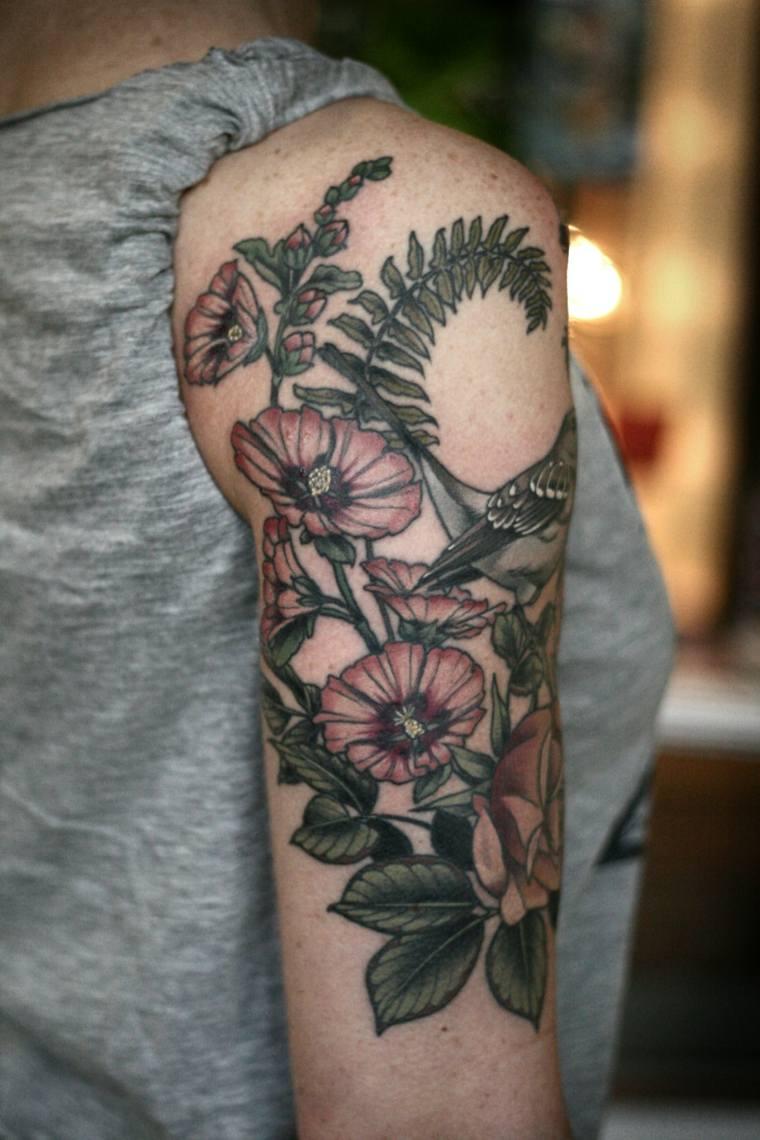 tatuaje-flores-hombro-estilo