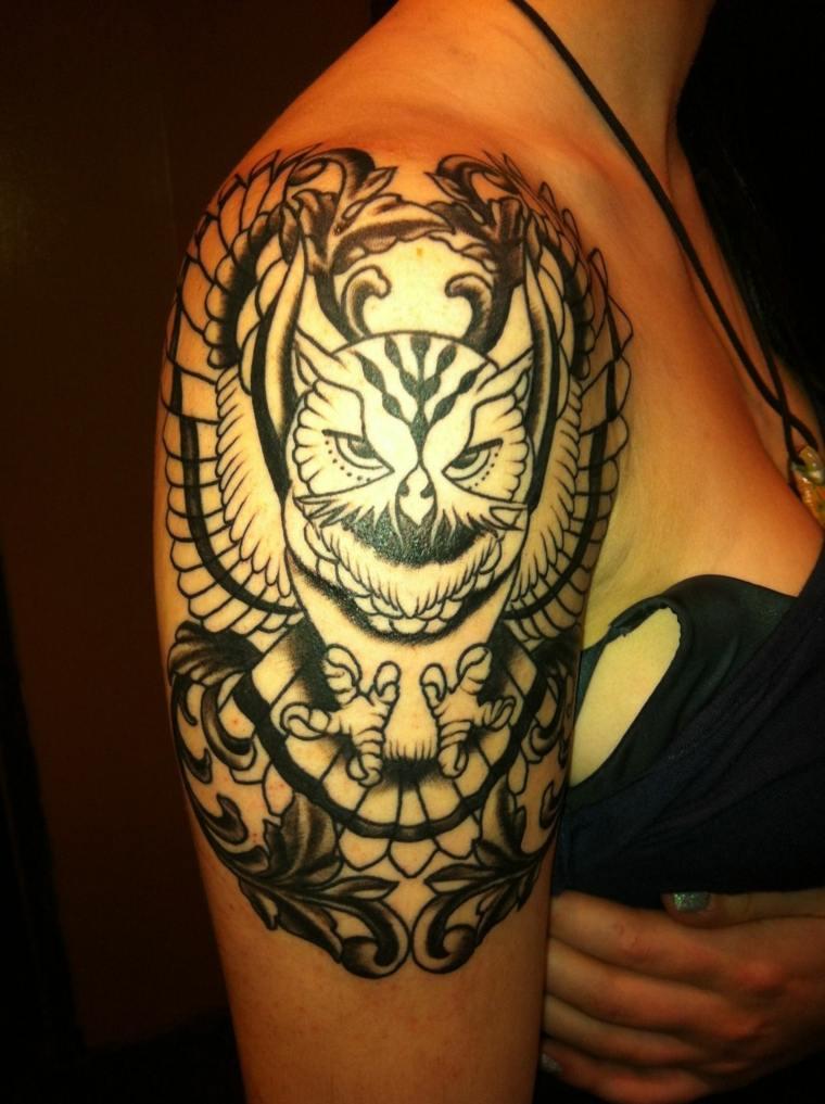 tatuaje-hombro-estilo-original