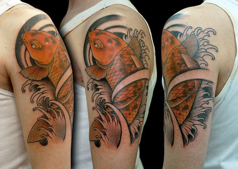 tatuaje-hombro-pez-koy-opciones