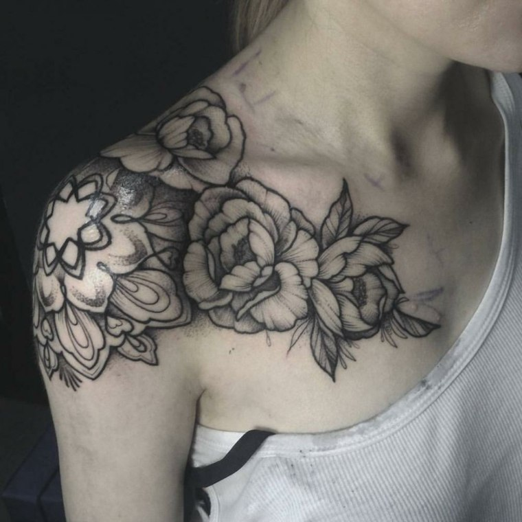 tatuajes-flores-negro-ideas