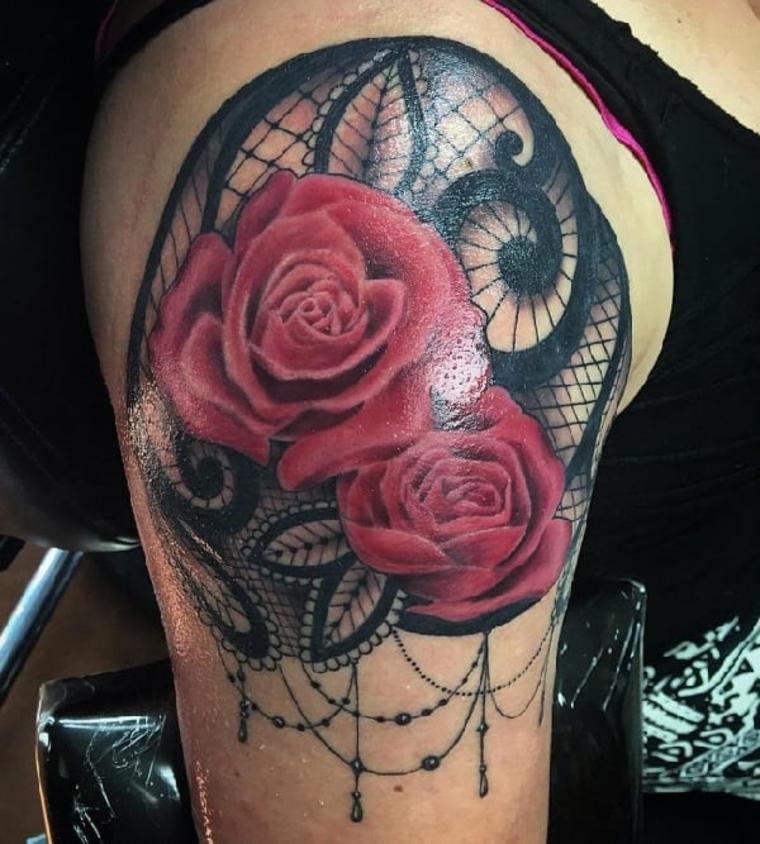 tatuajes neo-tradicionales-rosas
