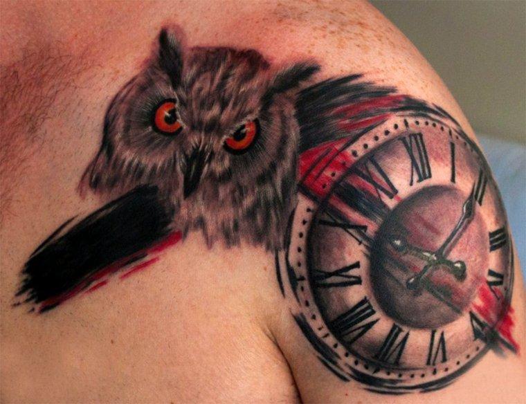 tatuajes-para-el-hombro-originales-reloj
