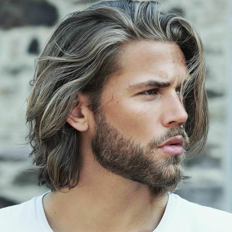 cabello-largo-barba-estilo-masculino