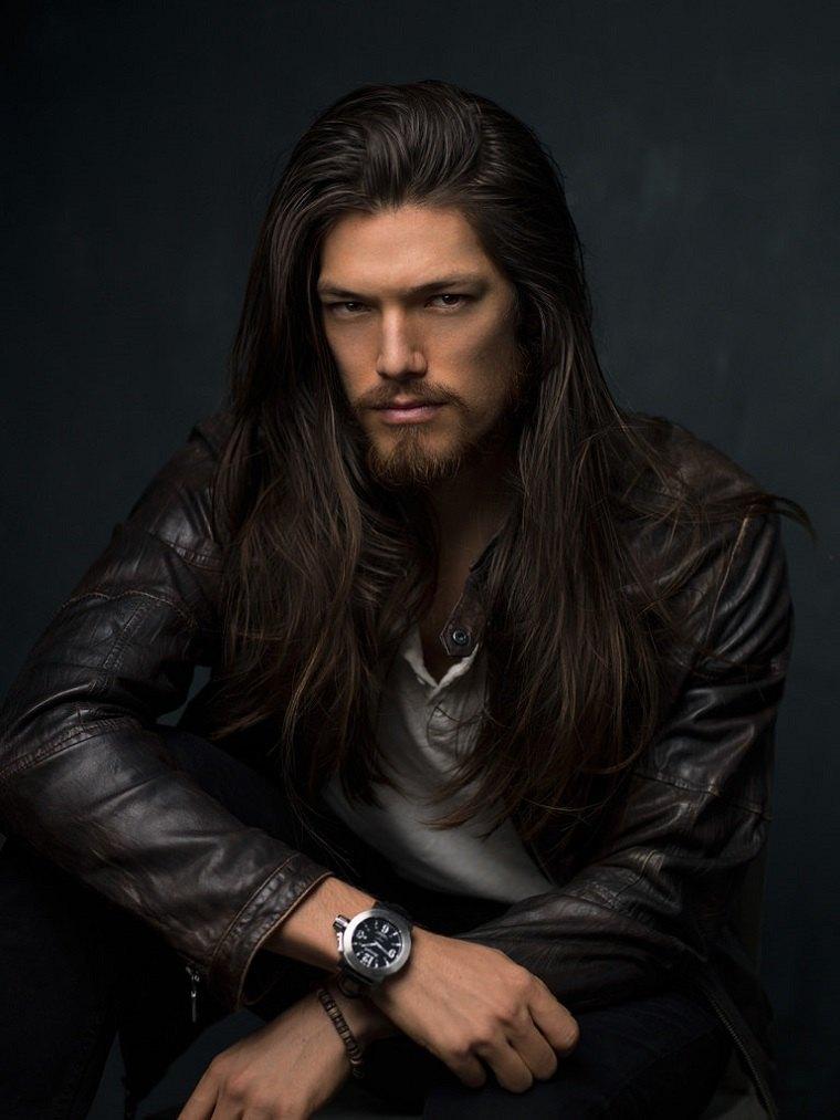 cabello-largo-hombre-barba-opciones