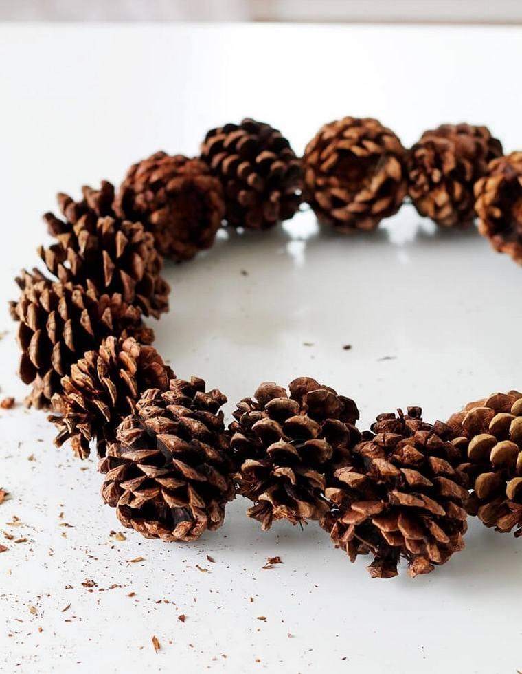 coronas-decorativas-navidad-tradicional