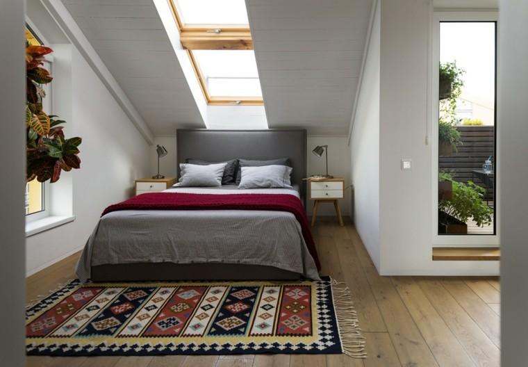 dormitorio-con-tragaluz