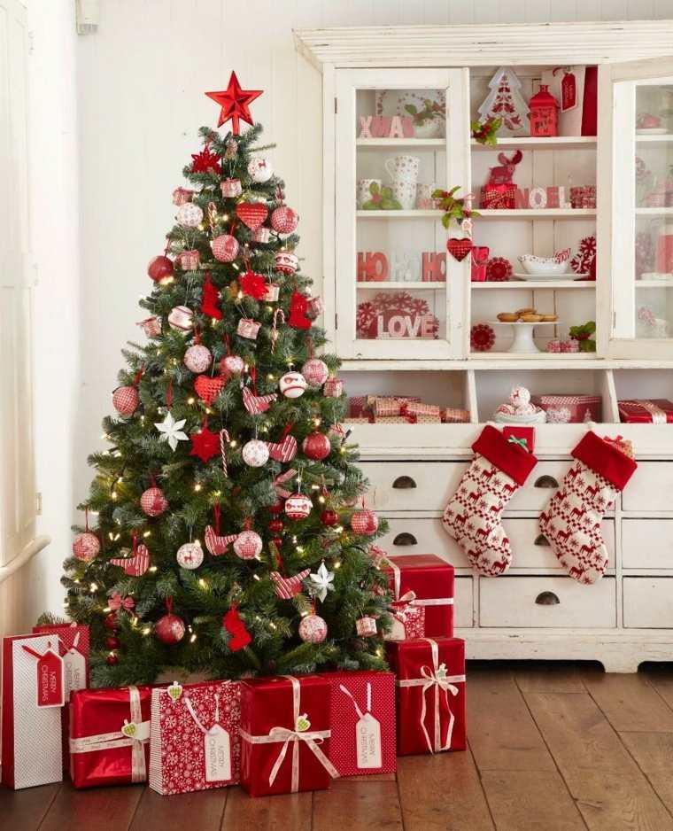 el arbol de navidad-decoracion-tradicional