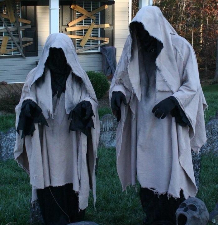 fantasmas-negros-halloween-casas