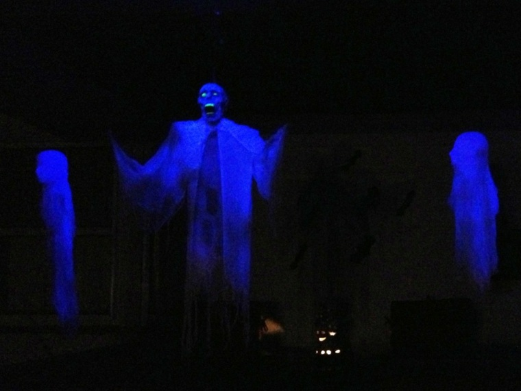 fantasmas para Halloween de-noche