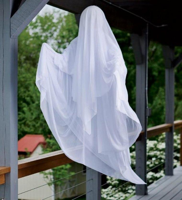 fantasmas para Halloween flotantes