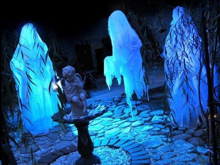 fantasmas-para-Halloween-fluorescentes