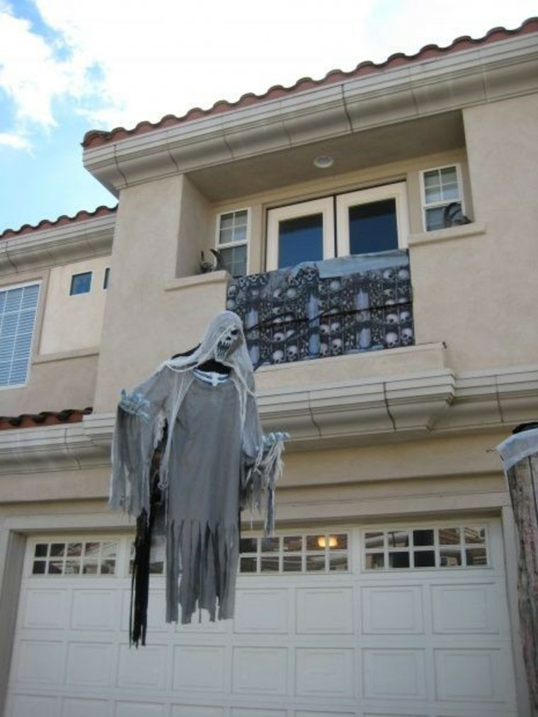 fantasmas-para-Halloween-voladores