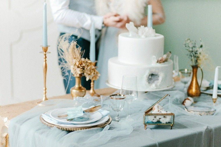 ideas para bodas-invierno-decoracion-color-claro-azul