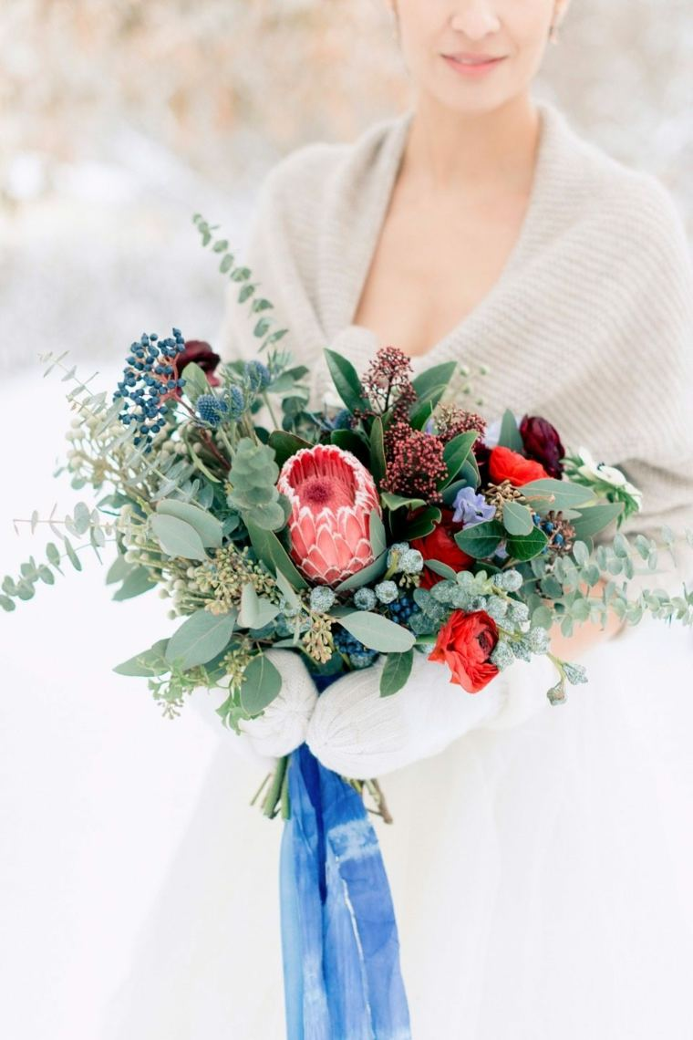 ideas-para-bodas-invierno-decoracion-ramo-novia-bello