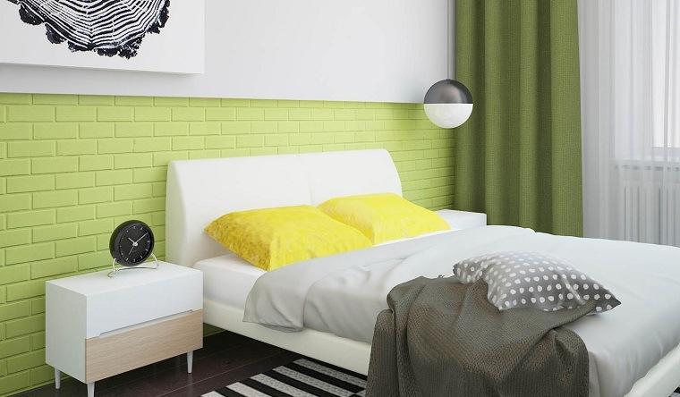 losas-pintadas-color-verde-pared-blanca-dormitorio