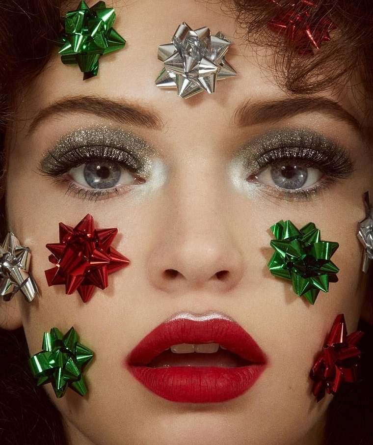 maquillaje-de-halloween-ojos-brillantes