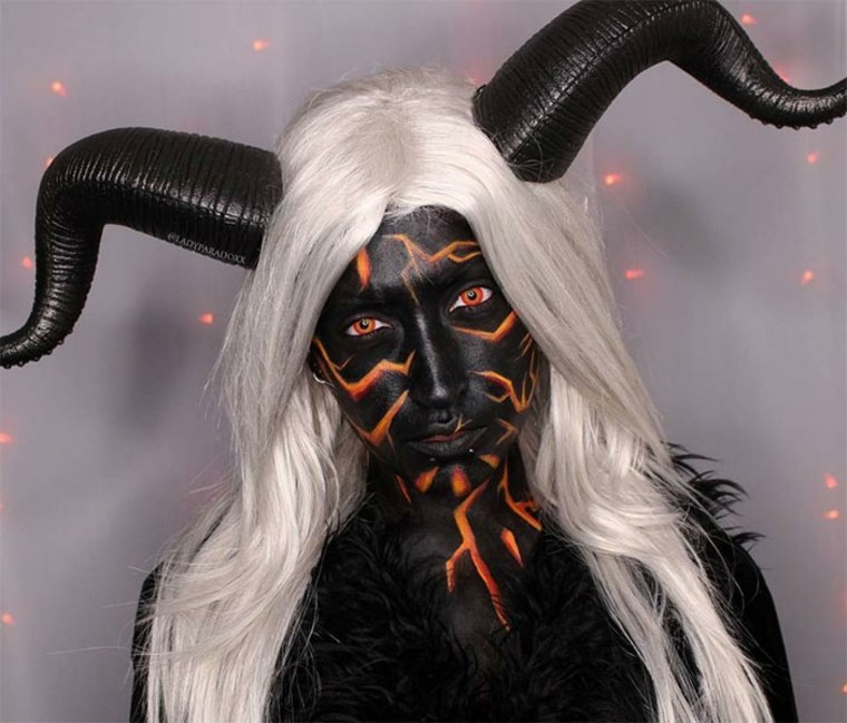 maquillaje para Halloween demonio