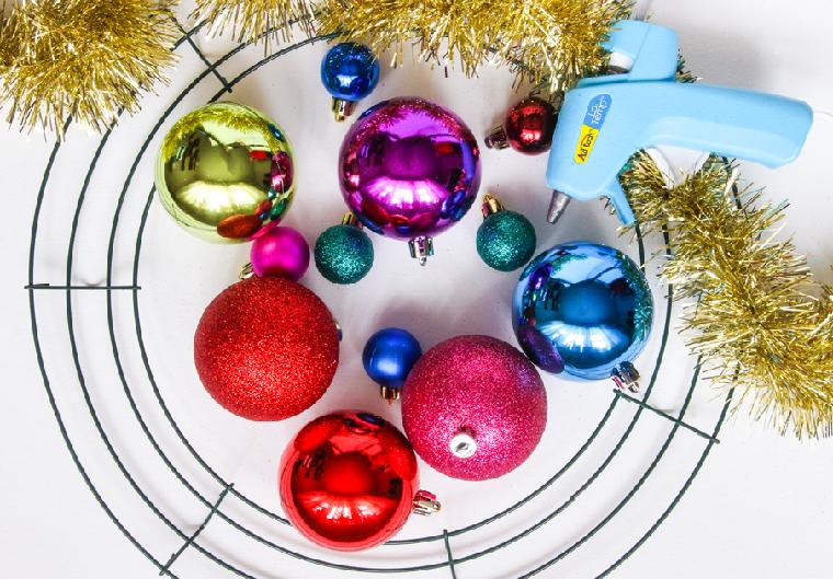 navidad-2018-decoracion-corona-bolas
