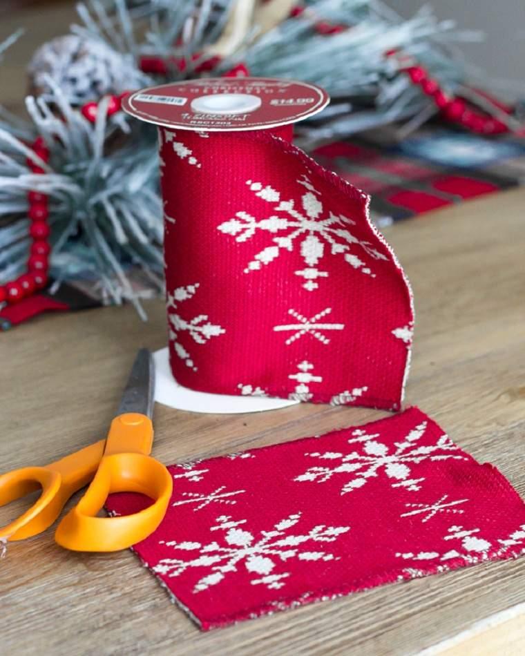 navidad-2018-decoracion-ideas-arbol-nordico-cinta