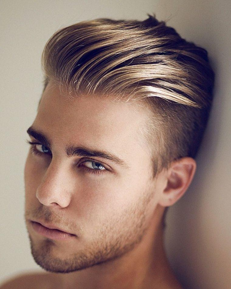 peinado-cabello-hacia-atras-hombre-moderno
