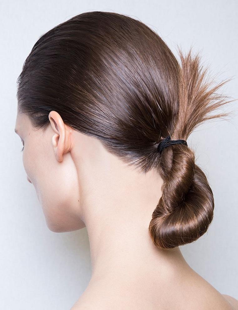 peinados-de-moda-2018-estilo-cabello-recogido