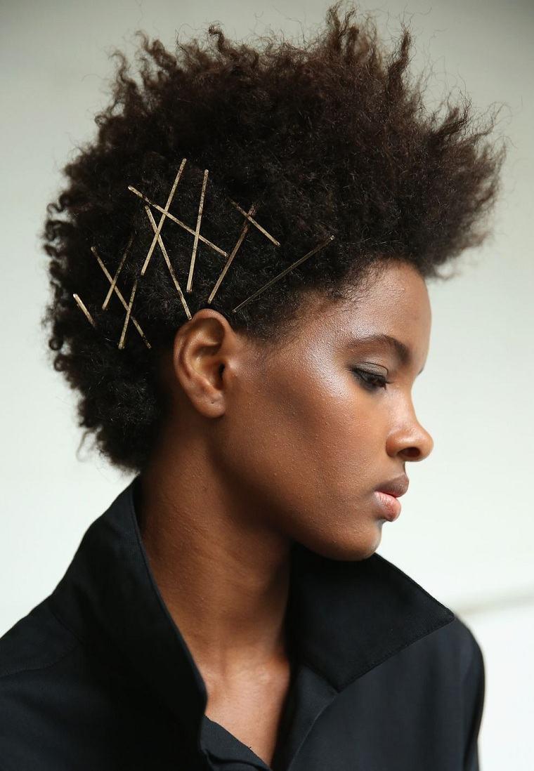peinados-de-moda-2018-estilo-original-mujer-opciones