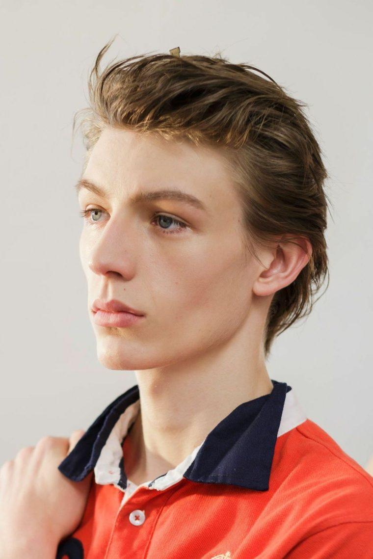 peinados-modernos-hombre-cabello-revuelto-hacia-atras