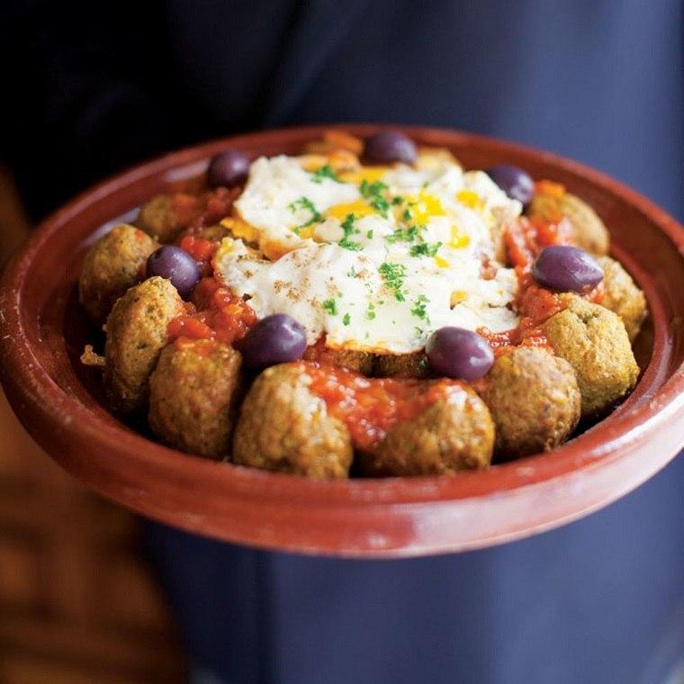 recetas-maroquies-faciles-carne-huevos-kefta