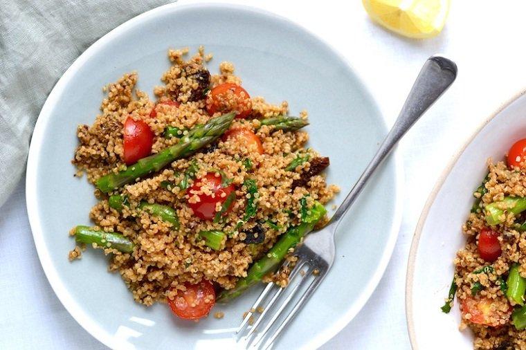 recetas-veganas-rapidas-esparragos-quinoa-ideas-rapidas