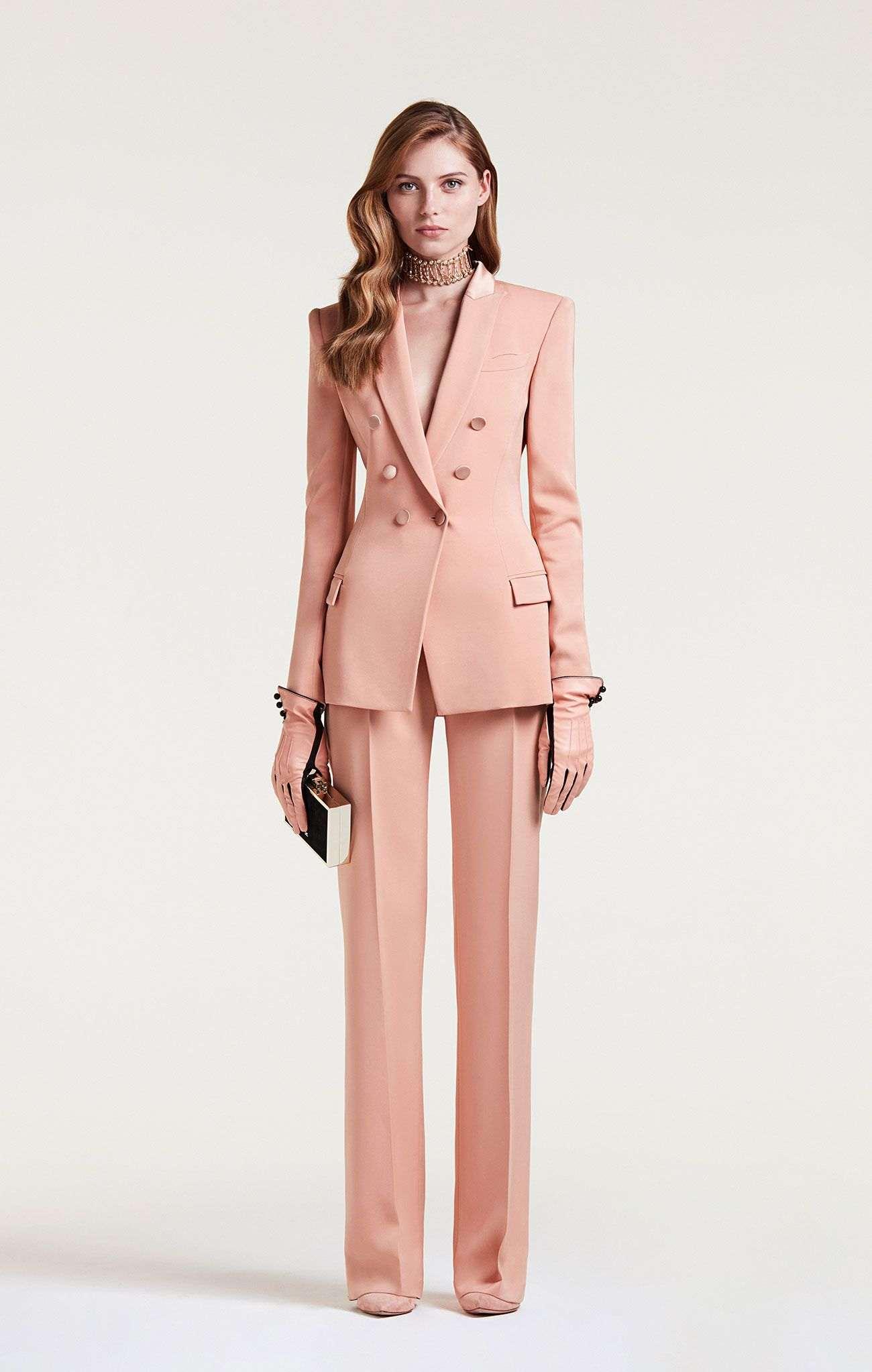 ropa-de-moda-2018-traje-sexy