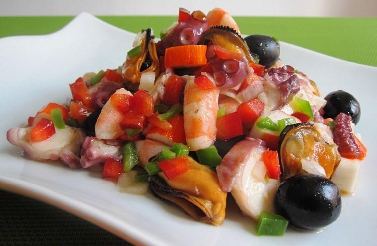 salpicon de marisco plato tradicional