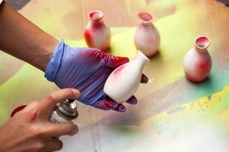 soluciones-pintura-roja-espray-decoraciones