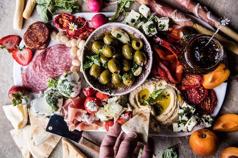 aperitivos-para-navidad-plato-griego-navidad