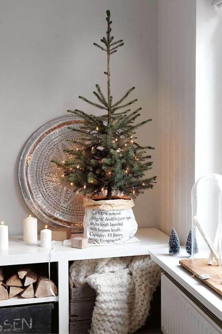 arbol-navidad-mesa-estilo-minimalista