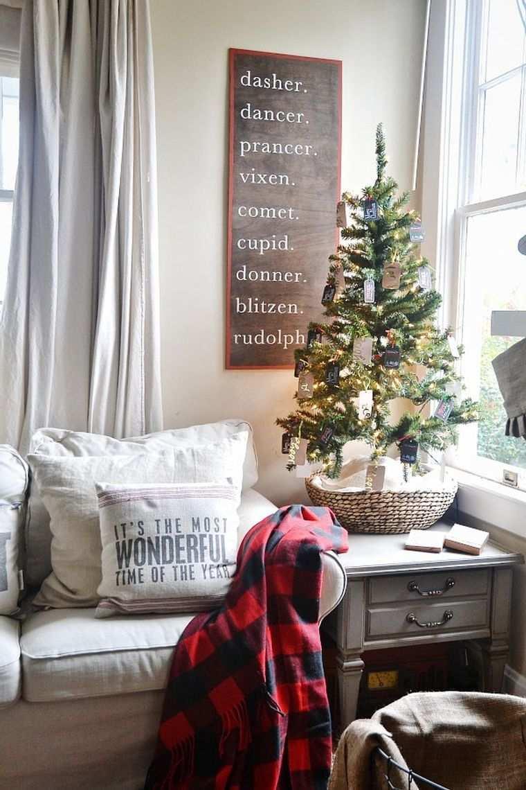 arbol-navidad-mesa-estilo-ventana-casa