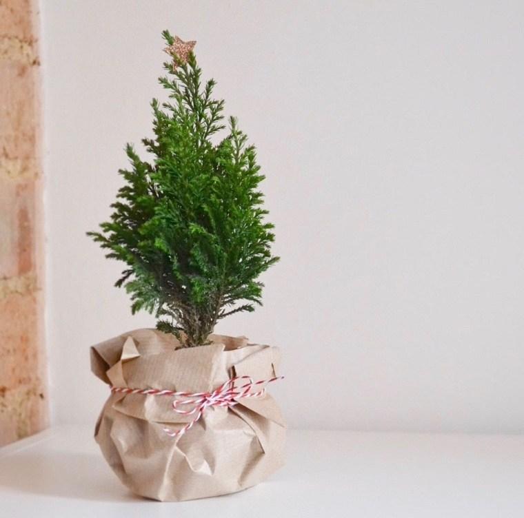 árbol de navidad pequeño arbol-simple-decorar-casa-estilo