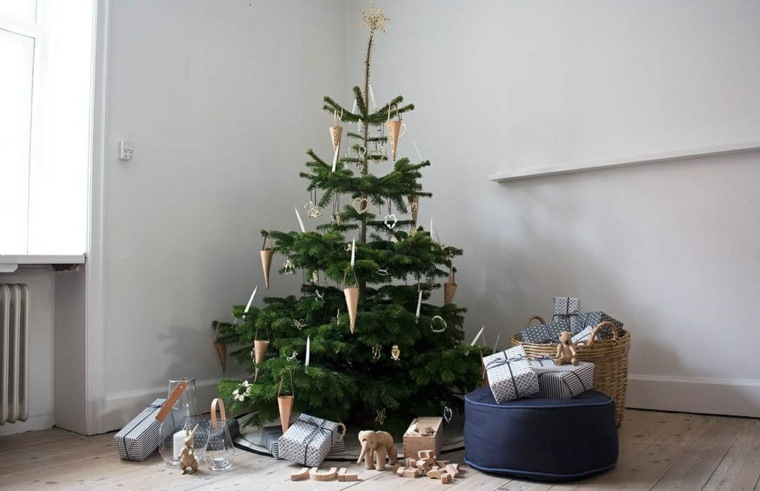 arboles de navidad artificiales-sencillos