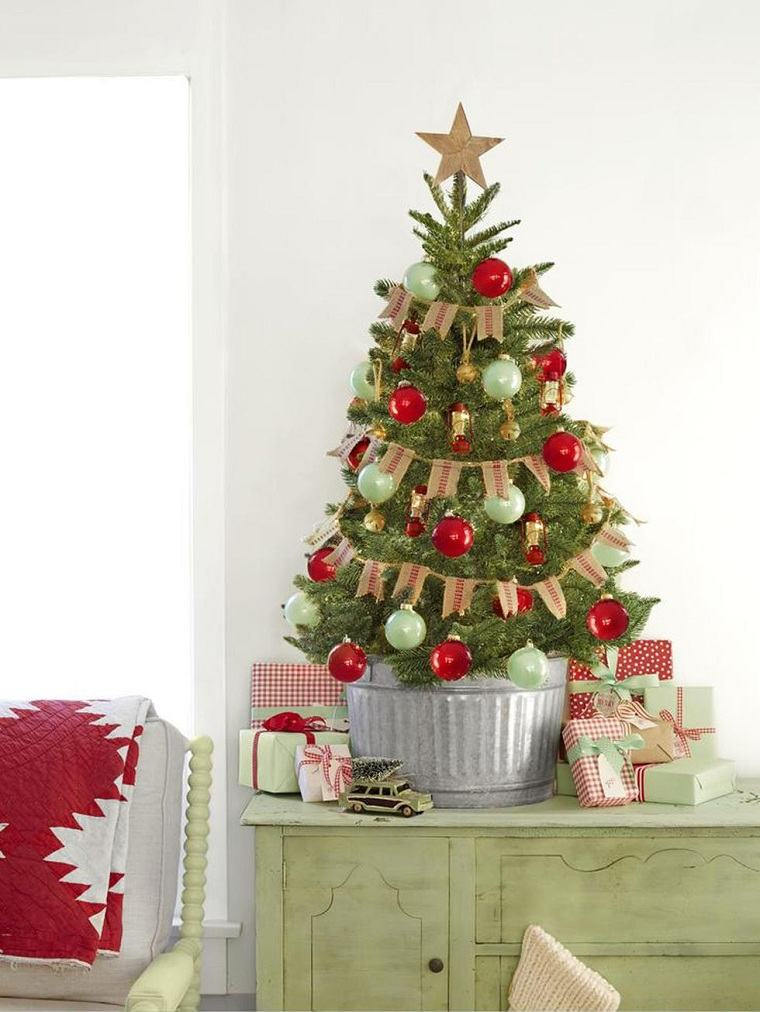 arboles-navidenos-decorados-estilo-rustico-arpillera