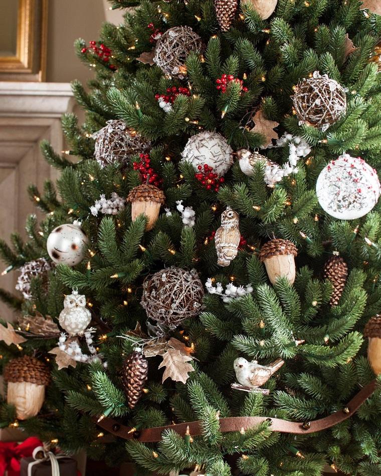 arboles-navidenos-decorados-inspiracion-bosque