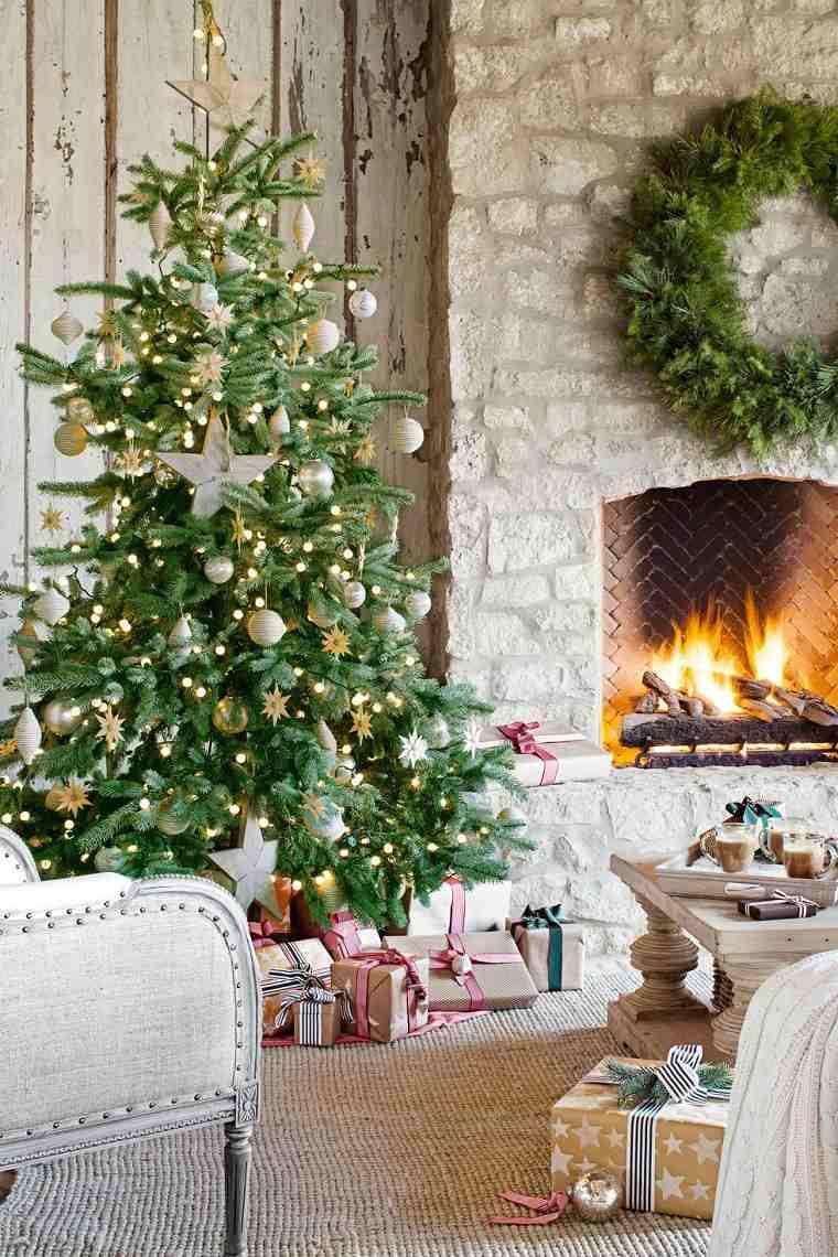 arboles-navidenos-decorados-inspiracion-estrellas-madera