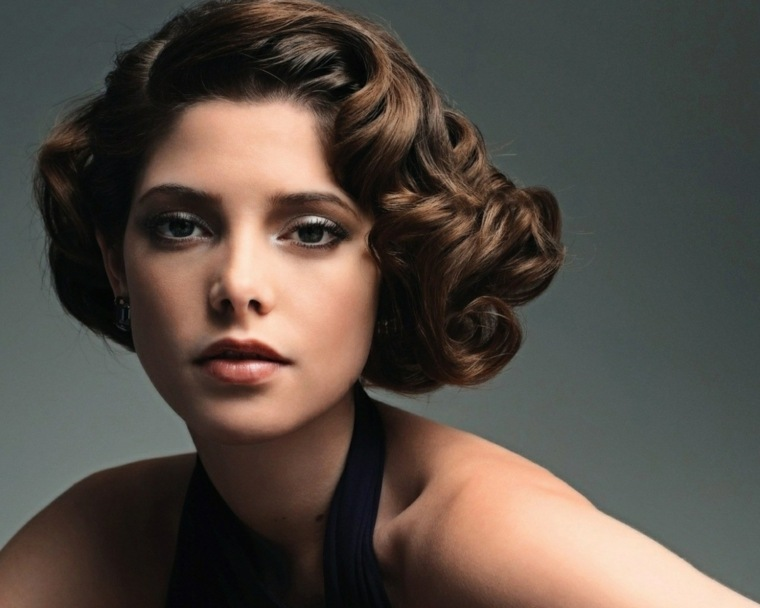 cabello-corto-mujer-ideas-estilo-rizos