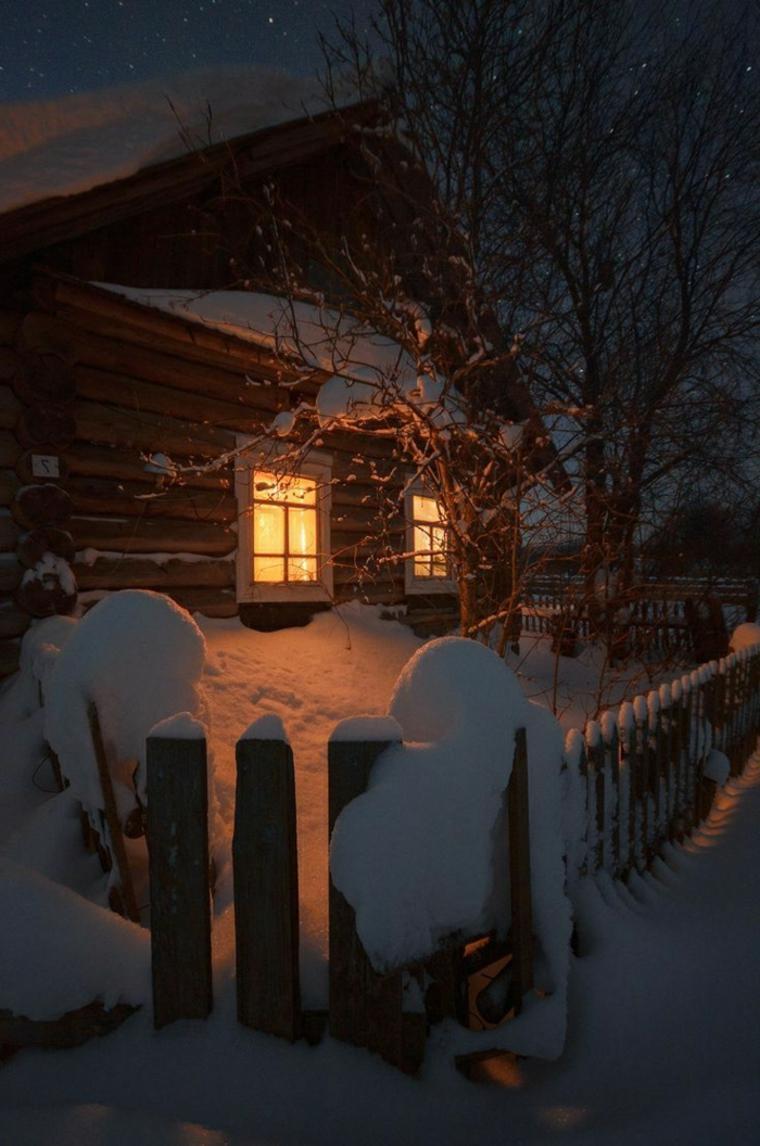casa-cubierta-de-nieve