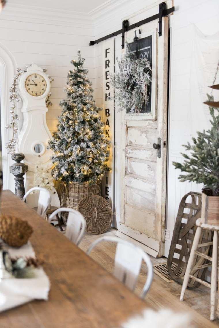 casa-decoracion-arbol-estilo