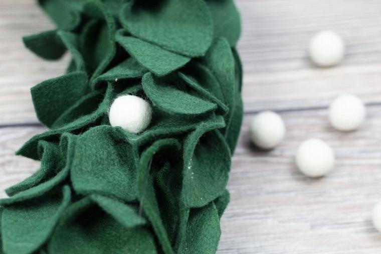como-hacer-una-corona-de-navidad-ideas-decorar