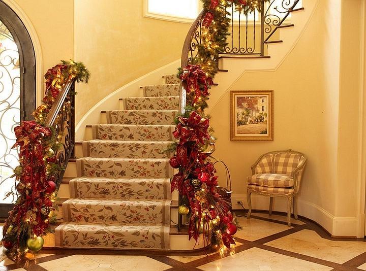 decoracion-tradicional-escaleras-navidad