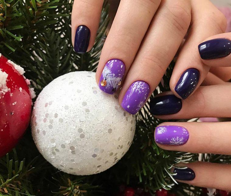 detalles-tipicos-navidad-unas-decoradas-estilo